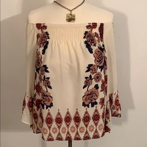 🌹SALE🌹Living Doll, Lovely Unique Blouse palm🍃🌾